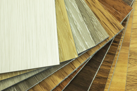 Campione di vinile polimerico in PVC per consentire ai clienti di scegliere il design del pavimento nello spazio della copia copy