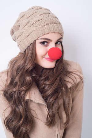 nariz roja: chica con la nariz roja