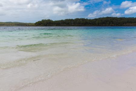 fraser island: Crystal clear waters of Lake McKenzie, Fraser Island, Australia Stock Photo