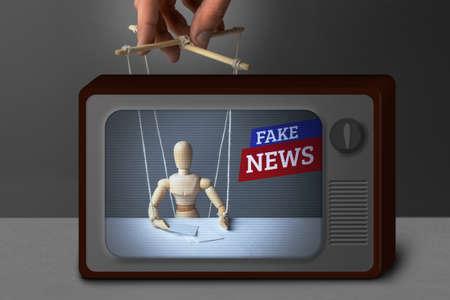 Nepnieuws op tv. De correspondent als pop bestuurt de poppenspeler. Liegende informatie om mensen op tv te misleiden. Stockfoto