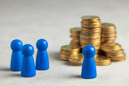 The choice between an inexperienced employee and an experienced employee with big salary money.