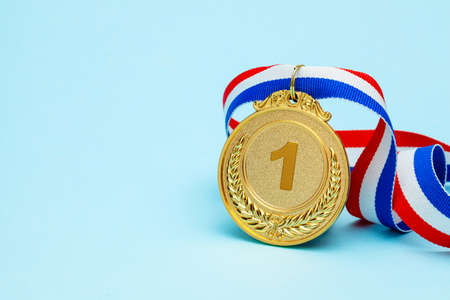 Gold medal. First place award with ribbon Stockfoto