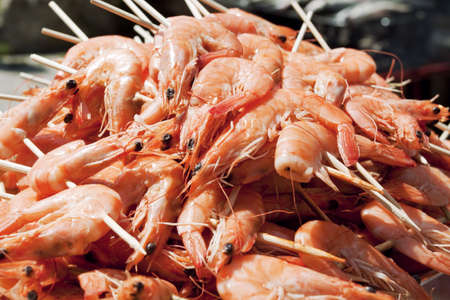 seafruit: Fresh shrimps on the grill