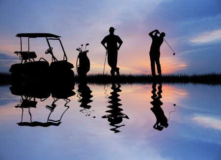 golfer bij zonsondergang