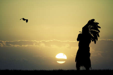 De la India en la puesta del sol