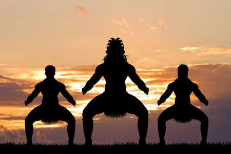 Maori dans bij zonsondergang