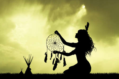 인도 소녀와 dreamcatcher 스톡 콘텐츠