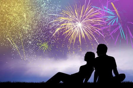 couple watch the fireworks