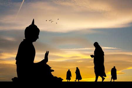illustration of Buddhist monks at the temple at sunset 版權商用圖片