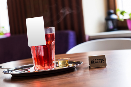 rec: Red fruit tea in tearoom. Nobody.Reserve for friends.