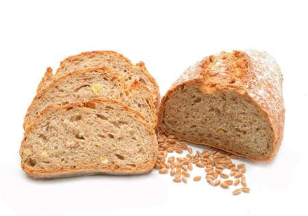 白い背景の伝統的自家製パン 写真素材