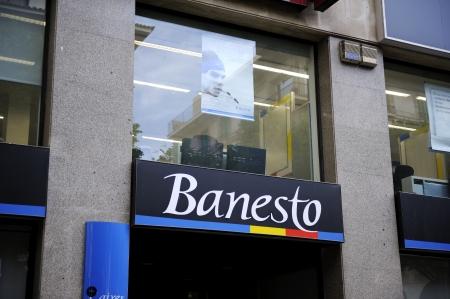slumped: Palma, Spain - June 14The logo for Banesto outside a branch Banco Espanol de Credito SA, a retail-banking unit of Banco Santander SA, which first-quarter profit declined 20 percent as lending revenue slumped  Currently