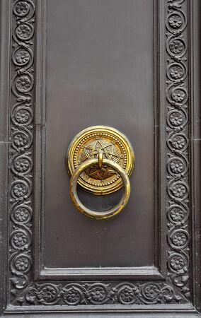 Old door knob Stock Photo - 17723581