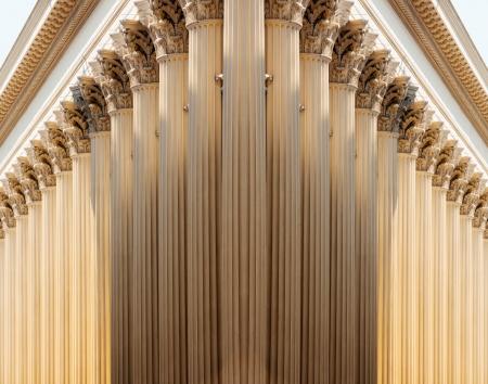 Nachfolge von Säulen in majestätisch und futuristische Perspektive Standard-Bild - 24898624