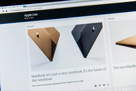 retina display: PARIS, FRANCE - MAR 9, 2015: Apple Computers event keynote tweets close up seen on iMac with the announcement of the new MacBook - the thinnest and lightest form ever with Retina display seen as the future of notebook as seen on 9 March, 2015 Editorial
