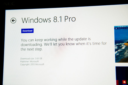 81: PARIS, FRANCE - JANUARY 26, 2015: Windows 8.1 PRO installation process. Installing 8.1 is required to maintain access to support and Windows updates after January 12, 2016 for windows 8 users