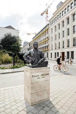 industrialist: BRUSSELS, BELGIUM - AUG 30, 2015: Ernest Solvay statue in the center of Brussels. Ernest Gaston Joseph Solvay 16 April 1838  26 May 1922 was a Belgian chemist, industrialist and philanthropist
