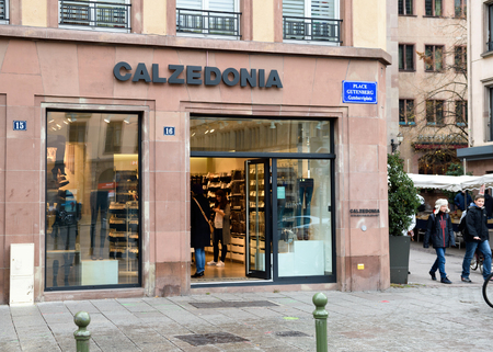 pullovers: STRASBOURG, FRANCE - NOV 8, 2016: Calzedonia Fashion store in central city market. Calzedonia is an Italian fashion brand, founded in Verona in 1987, and with over 1,750 shops worldwide as of 2016.