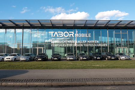 secondhand: KEHL, GERMANY - FEB 3, 2017: German car auto dealer Tabor in central Kehl with multiple Audi, Wolkswagen, BMW, Mercedes-Benz and other brands for sale