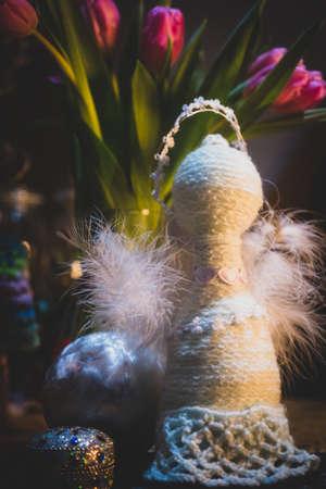 Beautiful wool handmade decoration. Knitting and crochet. Handmade crocheting crafts. DIY. Zdjęcie Seryjne - 137175101