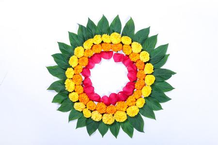 Marigold Flower rangoli Design for Diwali Festival , Indian Festival flower decoration Stockfoto