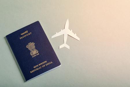 koncepcja podróży, indyjski paszport Zdjęcie Seryjne