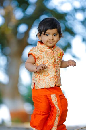 Indian child on traditional Wear Stock Photo - 124975060