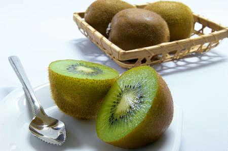 golden: The Golden Kiwi eats