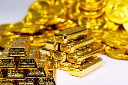 金の延べ棒やコイン 写真素材