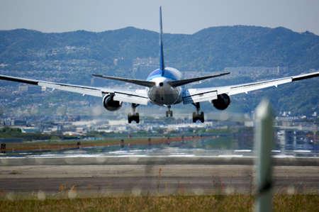 Aircraft landing Reklamní fotografie