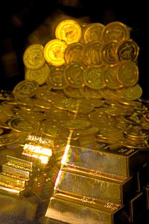 Eine große Menge von Gold Standard-Bild - 92771684