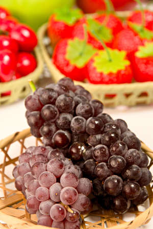 Closeup photo of Japanese grapes Standard-Bild - 109977876