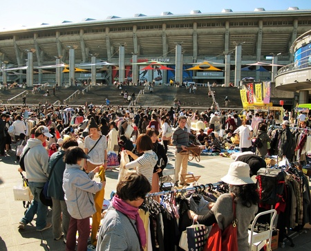 YOKOHAMA,JAPAN - NOVEMBER 4, 2012: Shoppers come to flea market at Nissan Stadium. It is the monthly flea market in Shin-Yokohama. Stock Photo - 17262305
