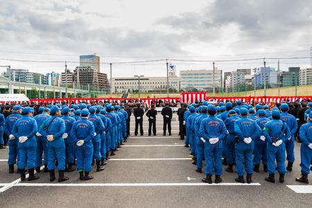 神奈川県 - 1 月 5 日 2013 年 1 月 5 日神奈川県の日産スタジアムでの消防力の表示でそれぞれの新年キックオフ神奈川消防署