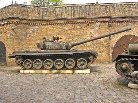 artillery shell: tank second world war