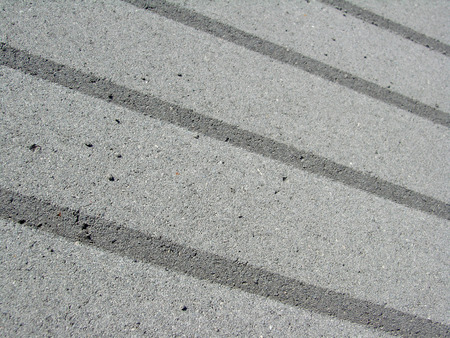 beton: big and gray beton kerbs during the day