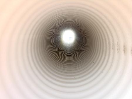 kunststoff rohr: Kunststoffrohr innen, futuristische Sicht, Perspektive, Licht  Lizenzfreie Bilder