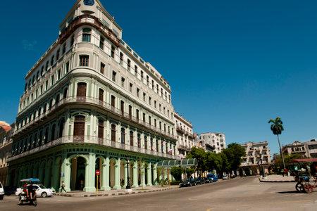 paseo: Colonial Building on Paseo de Marti - Havana - Cuba