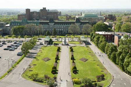 oratoria: La entrada al Oratorio San José - Montreal - Canadá