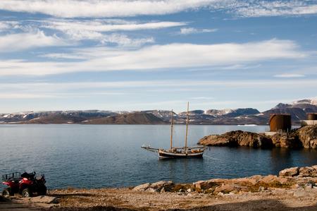 esquimales: Ittoqqortoormiit Coast Village - Groenlandia