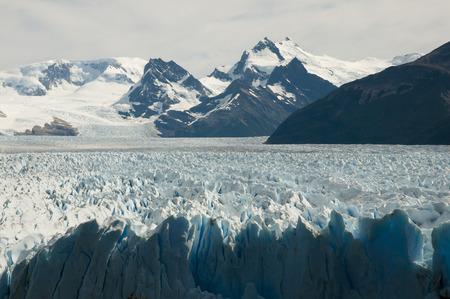 ペリトモレノ氷河 - エル ・ カラファテ - アルゼンチン 写真素材