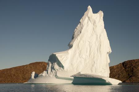 sund: Iceberg - Scoresby Sound - Greenland