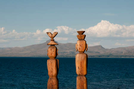 nahuel: Wooden Statues - Nahuel Huapi Lake - Argentina
