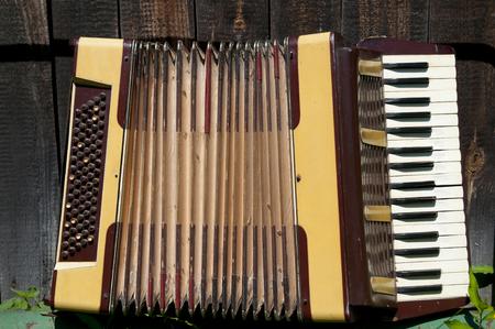 acordeón: acordeón antigüedades Foto de archivo