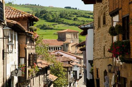 monasteri: Canton Street - Santillana del Mar - Spagna