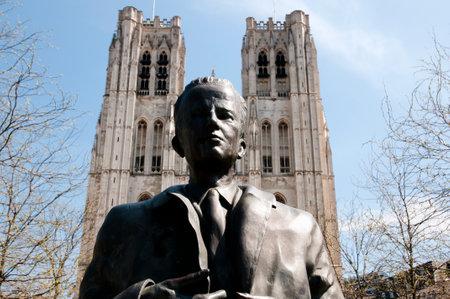 baudouin: King Baudouin Statue - Brussels - Belgium Editorial