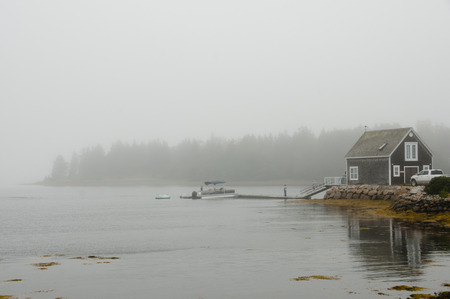 Oak Island in de Mist - Nova Scotia - Canada