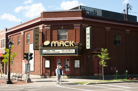 CHARLOTTETOWN, CANADA - August 8, 2016: The Mack Theatre is operated by the Confederation Centre of the Arts & has a seating capacity of 200 報道画像