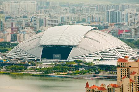CIUDAD DE SINGAPUR, SINGAPUR - 12 de abril de 2019: El Estadio Nacional de Singapur se inauguró en 2014 con una capacidad de 55000