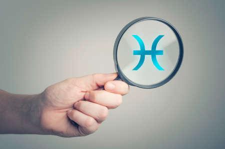 Zodiac Piscis Sign astrology Concept Foto de archivo - 85943702